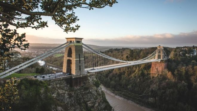 Bristol named best place to live in Britain in 2017 - BBC News e69378bb25ae9