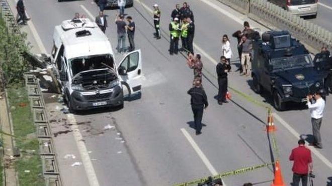 İstanbul Pendik'te üniversite servisinde patlama: En az 6 yaralı
