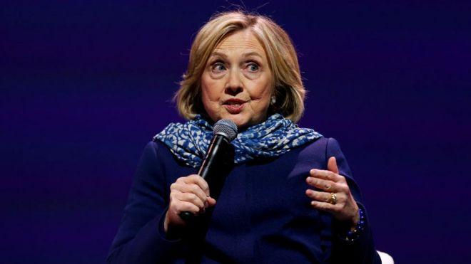 Во время президентской кампании Хиллари Клинтон критиковали за то, что она разговаривает визгливым голосом. Сейчас (на снимке она выступает в Австралии) это, кажется, уже никого не волнует
