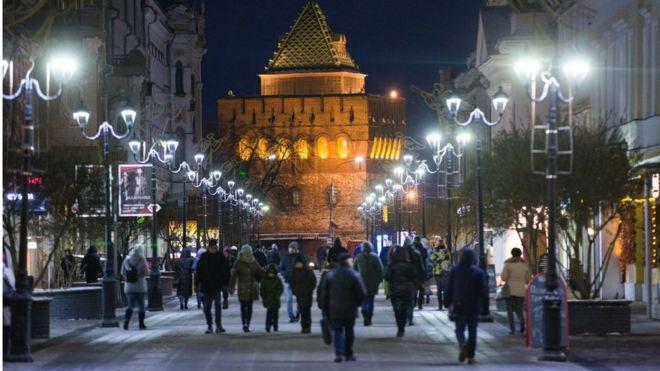 Вид на Дмитриевскую башню Нижегородского кремля