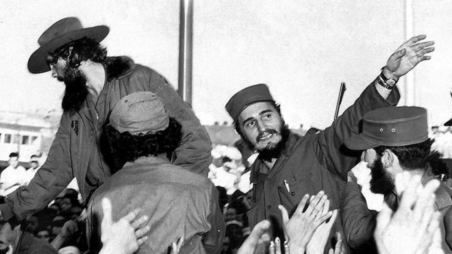 Fidel e Raul chegam a Havana em 1959
