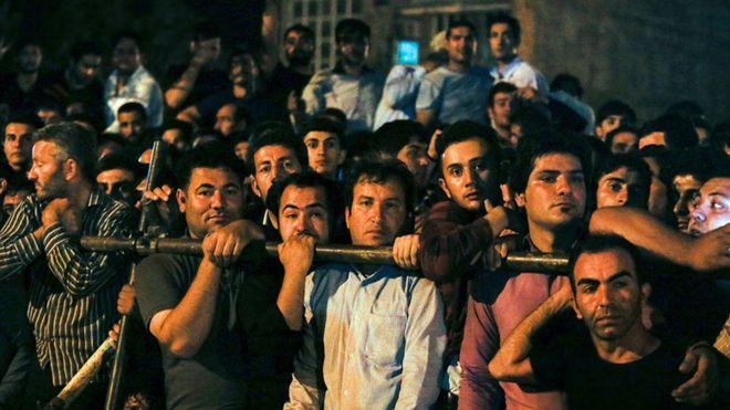 حکم اعدام قاتل آتنا اصلانی در ملا عام اجرا شد