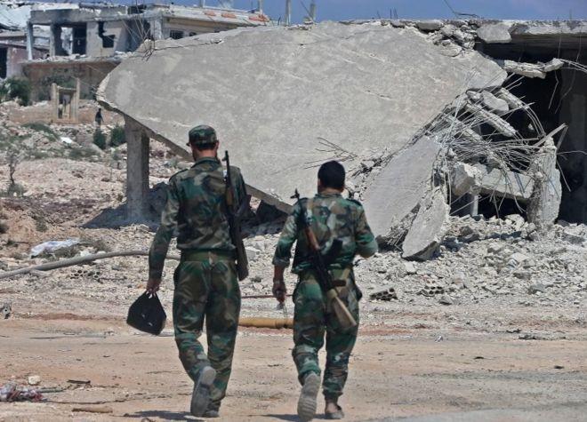 Han Şeyhun yakınlarındaki Suriye askerleri