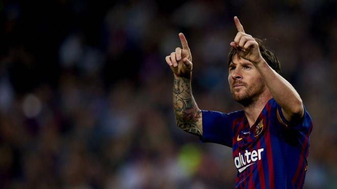 Lionel Messi: Yadda 'hawainiyar' Barcelona ke rikida - BBC