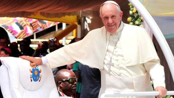 Papa Francis w'imyaka 82 y'amavuko, si bwo bwa mbere azaba asuye Afurika - amaze gusura ibindi bihugu bitanu kuri uyu mugabane