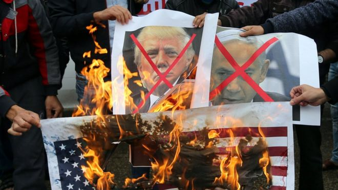 Manifestación contra Israel y Estados Unidos en los territorios palestinos.