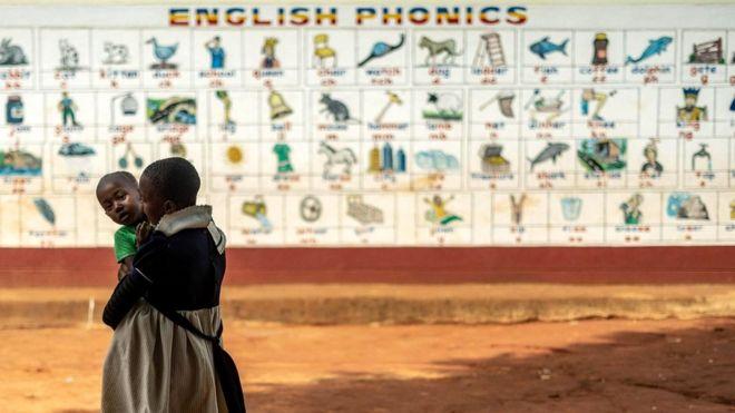 Английский стал глобальным языком бизнеса, но даже носители этого языка могут иметь проблемы, если разговаривают на каком-то местном диалекте или с региональным выговором