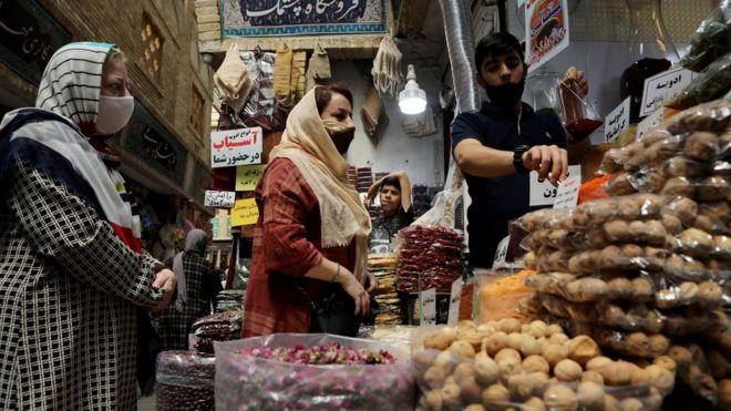 چهار میلیون خانوار ایرانی میتوانند یک میلیون تومان دیگر وام حمایتی کرونا بگیرند