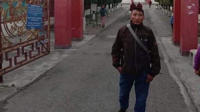 53岁的丹增尼玛在一场军事行动中据报因地雷爆炸而身亡。