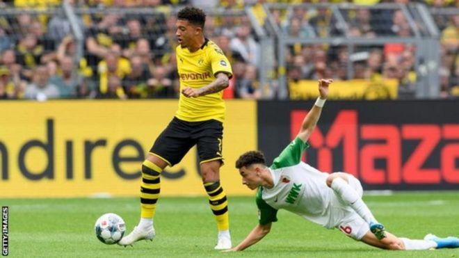 Borussia Dortmund wako tayari kupokea ofa kutoka kwa winga wa England Jadon Sancho