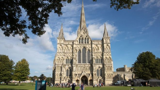 Salisbury named best place to live in the UK 2019 - BBC News