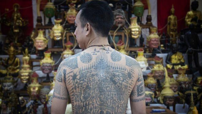 泰国纹身:独特宗教传统如何面对现代文明挑战