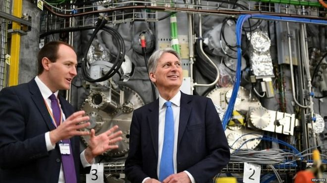 Philip Hammond on a visit to the UK Atomic Energy Authority