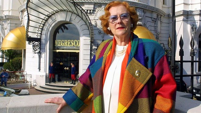 Jeanne Augier, who inherited the famous Negresco hotel in 1957, poses in Nice, 14 February 2002