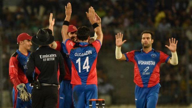 تیم کریکت افغانستان با پیروزی بر بنگلادش، رکورد جهانی دوازده برد پیاپی را ثبت کرد