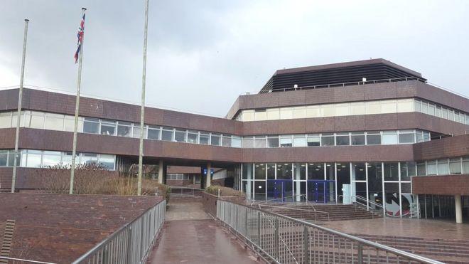 Sunderland children\'s services criticised in new report - BBC News