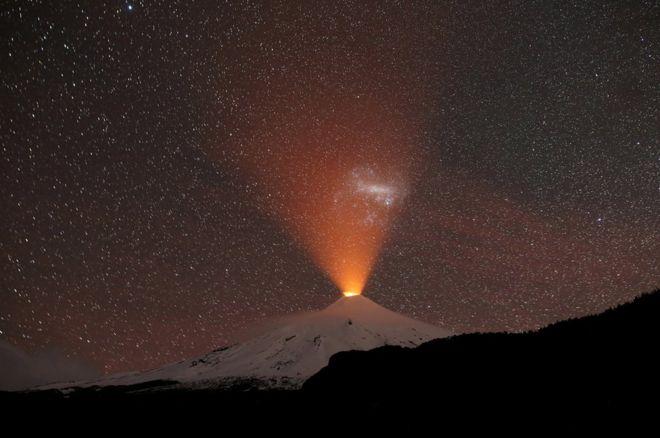 بركان فيلاريكا في تشيلي