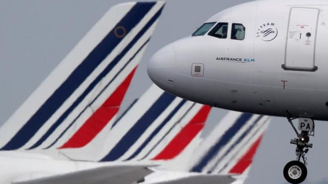 France to Introduce New Tax on Air Travel