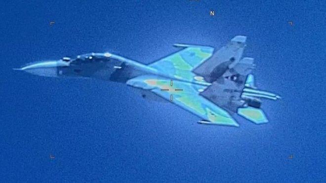 Esta imagen divulgada por el Comando Sur de Estados Unidos muestra el Sukhoi SU-30 de Venezuela.