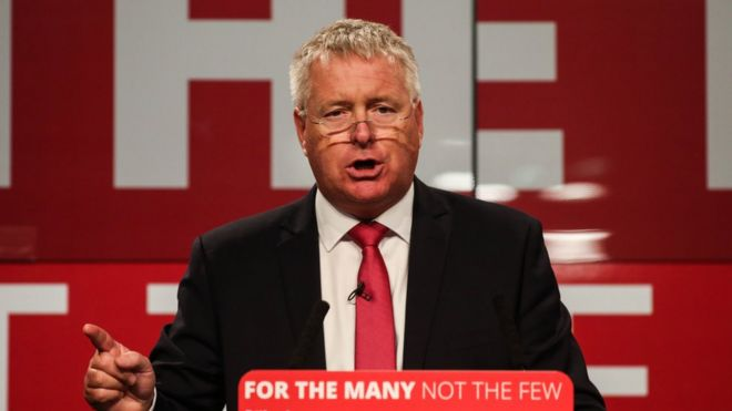 Labour MP Ian Lavery speaking at a party conference