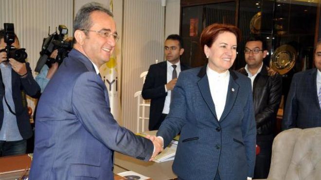 CHP'den 15 milletvekili istifa edip İYİ Parti'ye katıldı