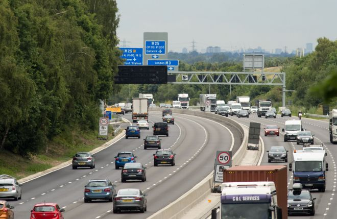 Drivers to face automatic £100 fines for ignoring lane