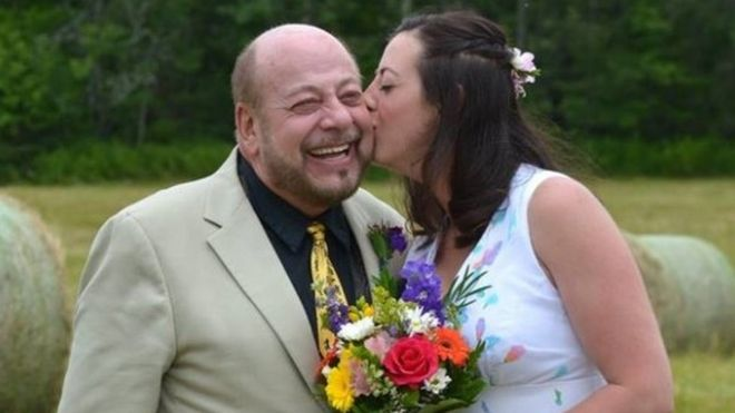 JP Nadeau beside his daughter on her wedding day
