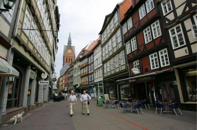 Hannover' bomba nedeniyle büyük tahliye