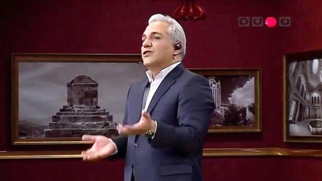 مدیر شبکه نسیم به خاطر برنامه مهران مدیری توبیخ شد