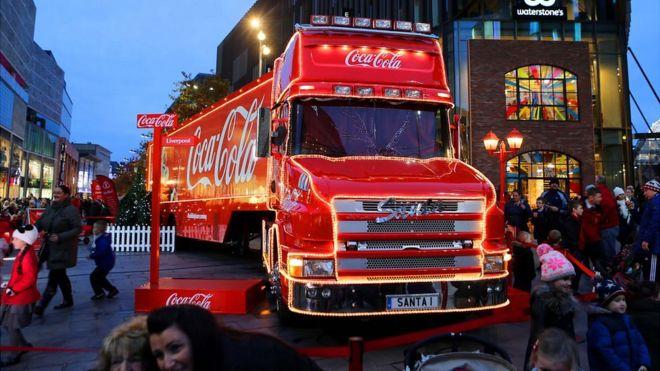 coca cola christmas truck in liverpool city centre - Coca Cola Christmas Commercial
