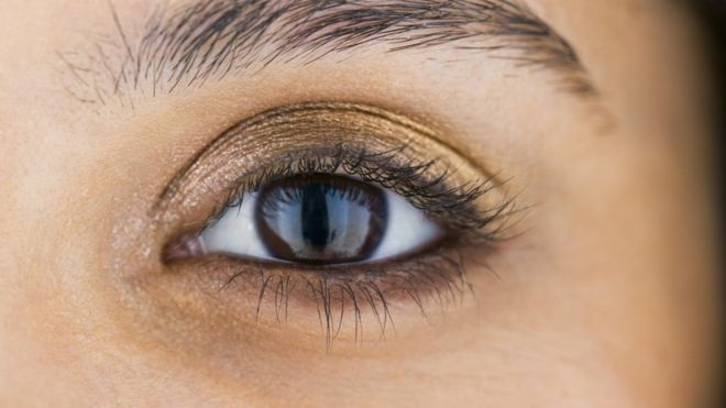 por que se producen los derrames linear unit el ojo