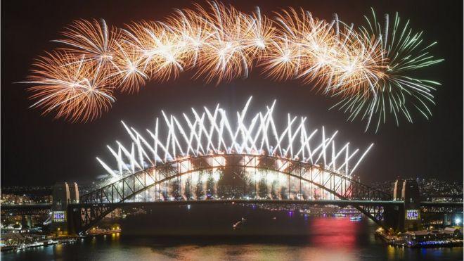 Avustralya'da yılbaşı kutlamalarında yangın riski nedeniyle, Sydney kenti dışında havai fişek kullanımı yasaklandı