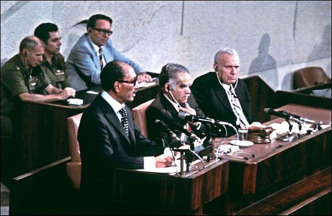وثائق بريطانية: السادات كان مستعدا لزيارة ثانية للقدس عام 1981 لحل القضيه الفلسطينيه  _98858362_gettyimages-51425946