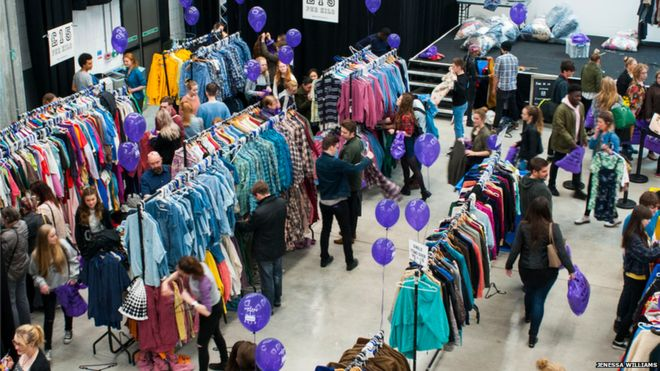 d6283e79a879 Vintage clothes priced by weight attract young shoppers - BBC News
