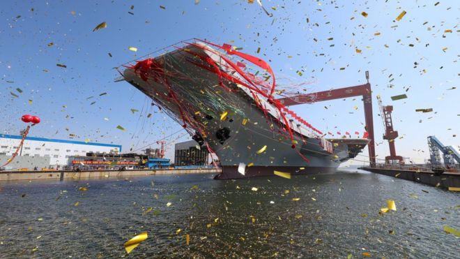 dd172b0d4d68 Ceremonia de lanzamiento del nuevo portaaviones en Dalian