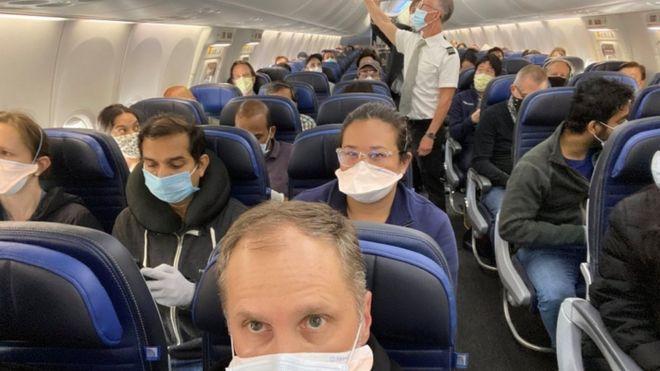 Vuelos en época de coronavirus: qué medidas concretas tomarán las  aerolíneas - BBC News Mundo