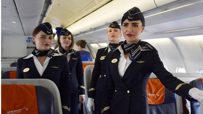 Красивая стюардесса минет командиру — pic 4