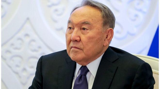 Нурсултан Назарбаев ушел в отставку с поста президента Казахстана
