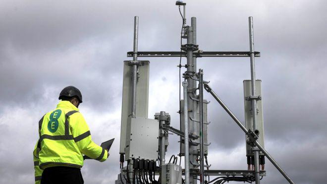 5G: Rural areas could see bigger and taller masts - BBC News