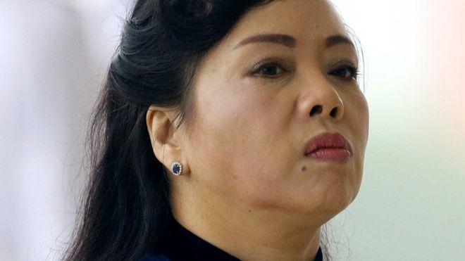 Bộ trưởng Tiến nói có thông tin bịa đặt và vu khống bà.