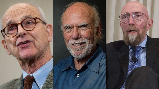 aadd80c36 ثلاثي أمريكي آخر فازَ بجائزة نوبل للفيزياء عام 2017 هم من اليسار: رينير ويس  (85 عام) / حصل على نصف الجائزة البالغة 1,1 مليون دولار!