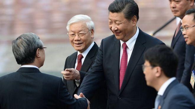 Quan hệ Vi - Trung
