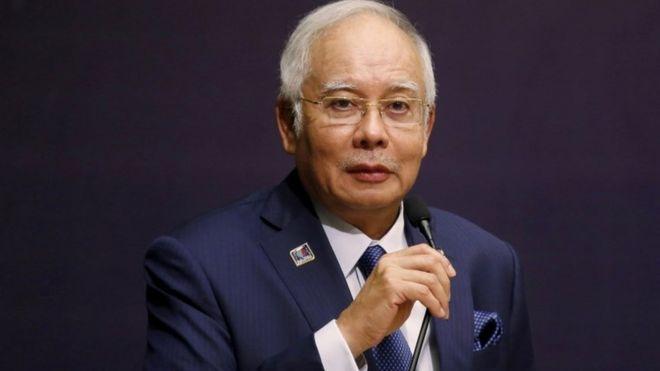 マレーシア首相、資金流用疑惑め...