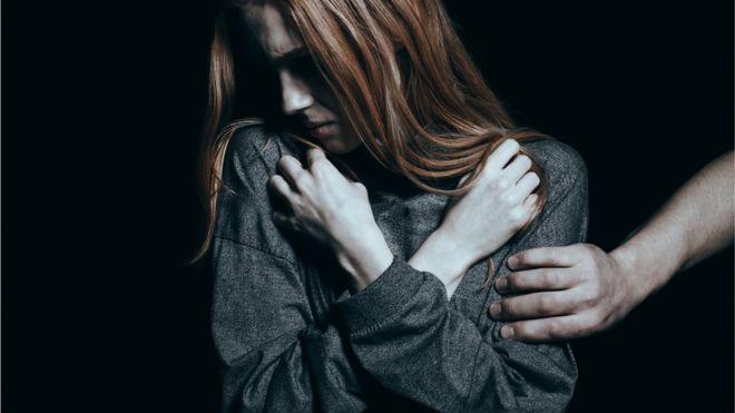 Одно из исследований выявило, что сопротивление или мольбы о пощаде могут в определенных обстоятельствах повышать риск физической травмы или сделать надругательство еще более изощренным