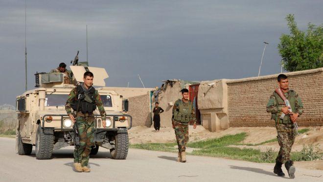 Afganistan Savunma Bakanı ve Genelkurmay Başkanı istifa etti