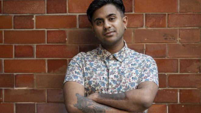 قصة هندي عاش 23 عاما دون أن يعرف جنسه