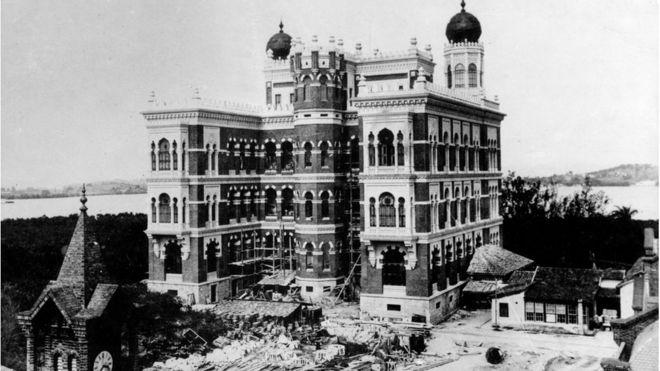 Construção do castelo da Fiocruz em 1907