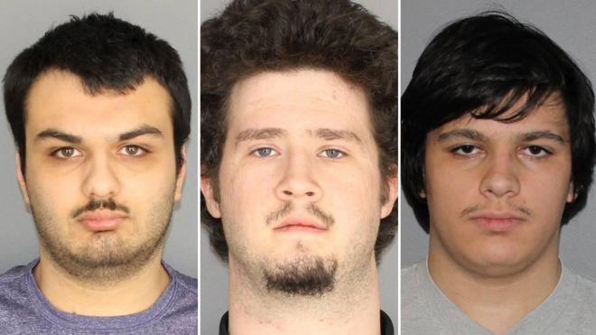 Soldan sağa Vincent Vetromile, Brian Colaneri and Andrew Crysel ve 18 yaşından küçük bir zanlı bombalı bir saldırı planlamakla suçlanıyor