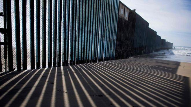 Are all undocumented immigrants criminals?' - BBC News