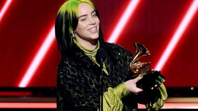 Billie Eilish fue la gran ganadora de la noche.